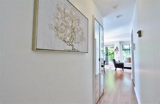 Photo 18: 304 1702 CHESTERFIELD Avenue in North Vancouver: Central Lonsdale Condo for sale : MLS®# R2382926
