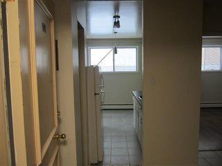 Photo 3: 105 10615 114 Street in Edmonton: Zone 08 Condo for sale : MLS®# E4163918