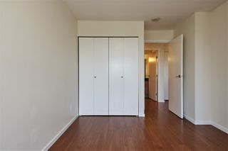 """Photo 3: 701 415 E COLUMBIA Street in New Westminster: Sapperton Condo for sale in """"San Marino"""" : MLS®# R2388782"""