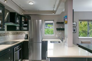 """Photo 3: 303 1166 W 11TH Avenue in Vancouver: Fairview VW Condo for sale in """"Westview Place"""" (Vancouver West)  : MLS®# R2403885"""