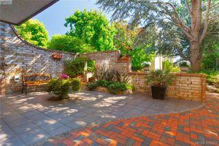 Photo 2: 210 1610 Jubilee Ave in VICTORIA: Vi Jubilee Condo Apartment for sale (Victoria)  : MLS®# 826899