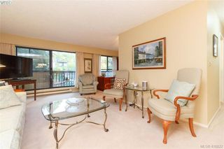 Photo 3: 210 1610 Jubilee Ave in VICTORIA: Vi Jubilee Condo for sale (Victoria)  : MLS®# 826899