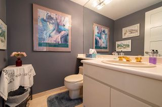 """Photo 11: 38 2216 FOLKESTONE Way in West Vancouver: Panorama Village Townhouse for sale in """"Panarama Village"""" : MLS®# R2437160"""