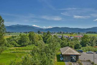 "Photo 17: 301 2242 WHATCOM Road in Abbotsford: Abbotsford East Condo for sale in ""Waterleaf"" : MLS®# R2477896"
