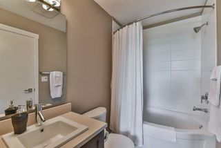 "Photo 15: 301 2242 WHATCOM Road in Abbotsford: Abbotsford East Condo for sale in ""Waterleaf"" : MLS®# R2477896"