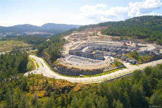 Photo 3: 1192 Moonstone Loop in : La Bear Mountain Row/Townhouse for sale (Langford)  : MLS®# 852352