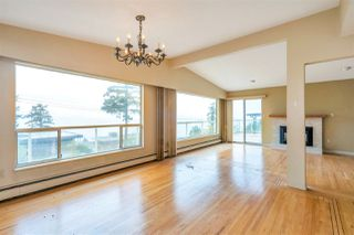 "Photo 15: 14887 HARDIE Avenue: White Rock House for sale in ""White Rock"" (South Surrey White Rock)  : MLS®# R2509233"