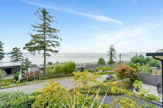 "Photo 2: 14887 HARDIE Avenue: White Rock House for sale in ""White Rock"" (South Surrey White Rock)  : MLS®# R2509233"