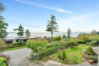 "Photo 12: 14887 HARDIE Avenue: White Rock House for sale in ""White Rock"" (South Surrey White Rock)  : MLS®# R2509233"