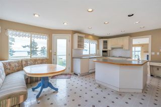 "Photo 17: 14887 HARDIE Avenue: White Rock House for sale in ""White Rock"" (South Surrey White Rock)  : MLS®# R2509233"