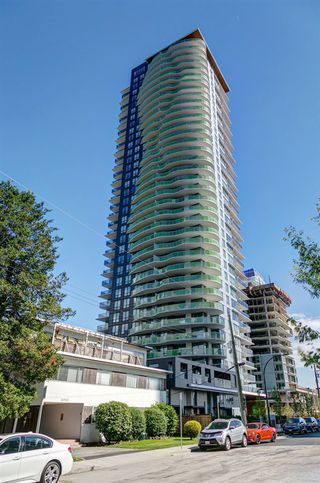 "Photo 1: 3001 6638 DUNBLANE Avenue in Burnaby: Metrotown Condo for sale in ""Midori by Polygon"" (Burnaby South)  : MLS®# R2525894"