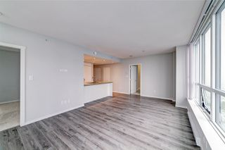 "Photo 15: 3001 6638 DUNBLANE Avenue in Burnaby: Metrotown Condo for sale in ""Midori by Polygon"" (Burnaby South)  : MLS®# R2525894"