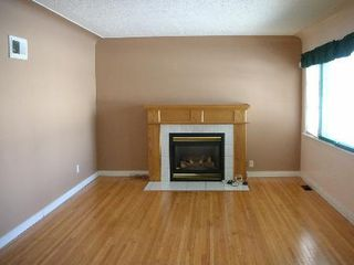 Photo 2: : House for sale (Queen Mary Pk)  : MLS®# E3176839