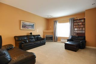 Photo 5: 73 18221 68 Avenue in Surrey: Cloverdale Townhouse for sale : MLS®# F1002771
