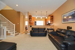 Photo 4: 73 18221 68 Avenue in Surrey: Cloverdale Townhouse for sale : MLS®# F1002771