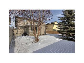 Photo 18: 23 SHAWMEADOWS Gate SW in CALGARY: Shawnessy Residential Detached Single Family for sale (Calgary)  : MLS®# C3602887