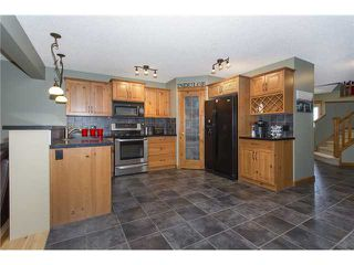 Photo 7: 237 NEW BRIGHTON Lane SE in CALGARY: New Brighton Residential Detached Single Family for sale (Calgary)  : MLS®# C3635348