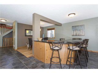 Photo 9: 237 NEW BRIGHTON Lane SE in CALGARY: New Brighton Residential Detached Single Family for sale (Calgary)  : MLS®# C3635348
