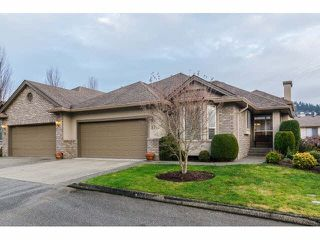 """Photo 1: 17 2525 YALE Court in Abbotsford: Abbotsford East Townhouse for sale in """"YALE COURT"""" : MLS®# F1428464"""
