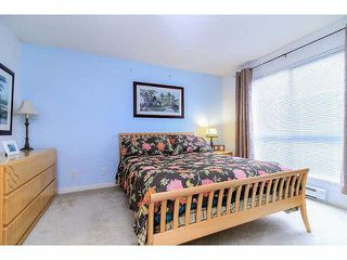 """Photo 15: 21 20120 68TH Avenue in Langley: Willoughby Heights Townhouse for sale in """"THE OAKS"""" : MLS®# F1430505"""