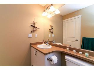 "Photo 14: 21 20120 68TH Avenue in Langley: Willoughby Heights Townhouse for sale in ""THE OAKS"" : MLS®# F1430505"