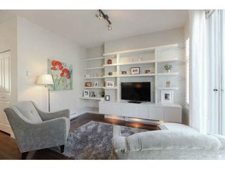 """Photo 10: 691 PREMIER Street in North Vancouver: Lynnmour Townhouse for sale in """"WEDGEWOOD"""" : MLS®# V1106662"""