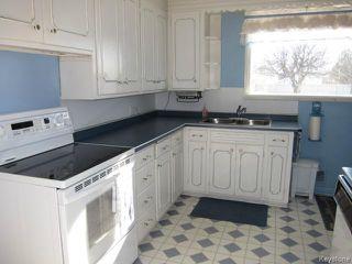 Photo 4: 438 Neil Avenue in WINNIPEG: East Kildonan Residential for sale (North East Winnipeg)  : MLS®# 1503589