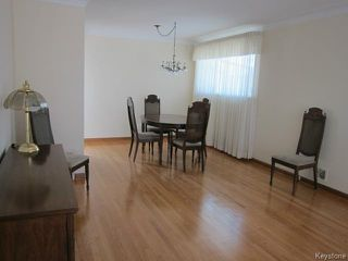 Photo 3: 438 Neil Avenue in WINNIPEG: East Kildonan Residential for sale (North East Winnipeg)  : MLS®# 1503589