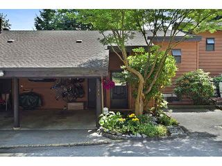 "Photo 1: 314 CARDIFF Way in Port Moody: College Park PM Townhouse for sale in ""EASTHILL"" : MLS®# V1134339"