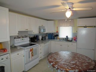Photo 10: 76 North 5th Avenue in Gimli: Manitoba Other Residential for sale : MLS®# 1528390