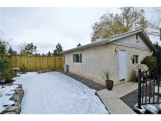 Photo 26: 488 BRACEWOOD Crescent SW in Calgary: Braeside House for sale : MLS®# C4036568