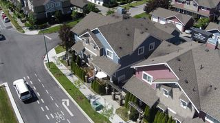 """Photo 5: D1 19319 72ND Avenue in Surrey: Clayton Townhouse for sale in """"Rhapsody Hills"""" (Cloverdale)  : MLS®# R2052012"""