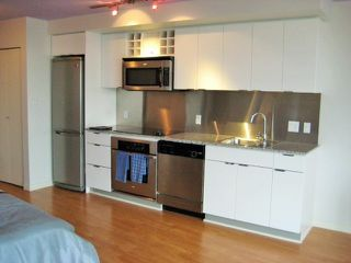 Photo 2: 3308 233 ROBSON Street in Vancouver: Downtown VW Condo for sale (Vancouver West)  : MLS®# R2073687