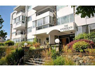 Photo 1: 206 1312 Beach Dr in VICTORIA: OB South Oak Bay Condo Apartment for sale (Oak Bay)  : MLS®# 734023