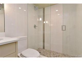Photo 9: 206 1312 Beach Dr in VICTORIA: OB South Oak Bay Condo Apartment for sale (Oak Bay)  : MLS®# 734023