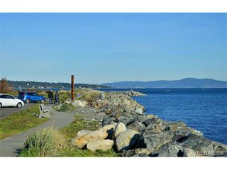 Photo 12: 206 1312 Beach Dr in VICTORIA: OB South Oak Bay Condo Apartment for sale (Oak Bay)  : MLS®# 734023