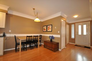 """Photo 2: 2 32139 7TH Avenue in Mission: Mission BC Townhouse for sale in """"Quinto Estates"""" : MLS®# R2090936"""