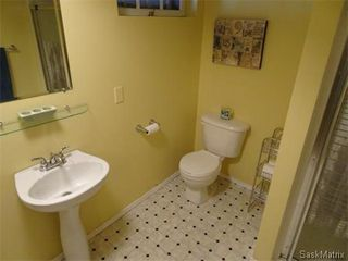 Photo 30: 2821 PRINCESS Street in Regina: Single Family Dwelling for sale (Regina Area 05)  : MLS®# 581125