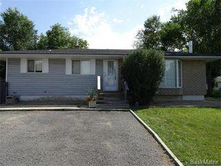 Photo 2: 2821 PRINCESS Street in Regina: Single Family Dwelling for sale (Regina Area 05)  : MLS®# 581125