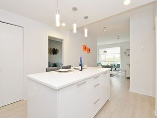 "Photo 12: 505 733 W 3RD Street in North Vancouver: Hamilton Condo for sale in ""THE SHORE"" : MLS®# R2120677"