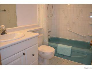 Photo 11: 98 Rutgers Bay in Winnipeg: Fort Richmond Residential for sale (1K)  : MLS®# 1628445