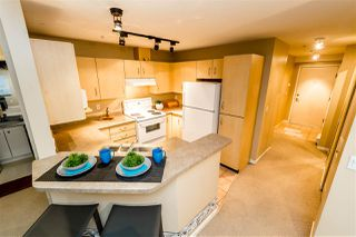 """Photo 16: C10 332 LONSDALE Avenue in North Vancouver: Lower Lonsdale Condo for sale in """"The Calypso"""" : MLS®# R2124887"""