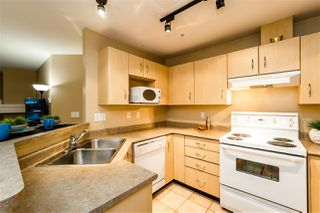 """Photo 12: C10 332 LONSDALE Avenue in North Vancouver: Lower Lonsdale Condo for sale in """"The Calypso"""" : MLS®# R2124887"""