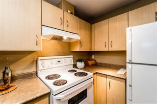 """Photo 14: C10 332 LONSDALE Avenue in North Vancouver: Lower Lonsdale Condo for sale in """"The Calypso"""" : MLS®# R2124887"""
