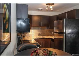 Photo 7: 2 Carriere Avenue in Winnipeg: Condominium for sale (2D)  : MLS®# 1630024