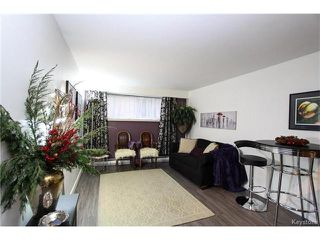 Photo 2: 2 Carriere Avenue in Winnipeg: Condominium for sale (2D)  : MLS®# 1630024
