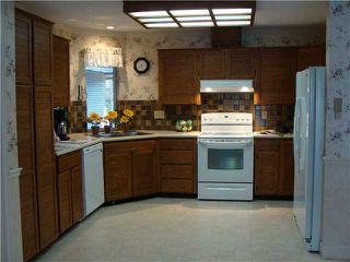 Photo 3: 5791 Goldenrod Crescent in Tsawwassen: Home for sale : MLS®# V844045