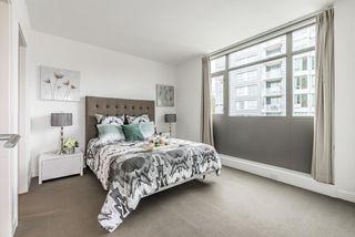Photo 10: 1306 5782 BERTON Avenue in Vancouver: University VW Condo for sale (Vancouver West)  : MLS®# R2154723