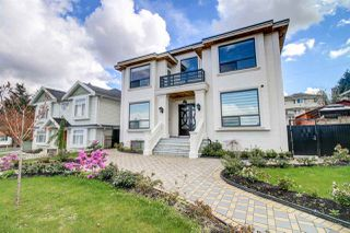 Photo 1: 4686 NORTHVIEW Court in Burnaby: Forest Glen BS House for sale (Burnaby South)  : MLS®# R2159260