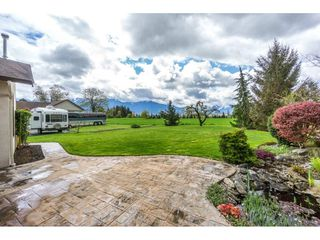 Photo 18: 48410 CAMP RIVER Road in Chilliwack: East Chilliwack House for sale : MLS®# R2159873